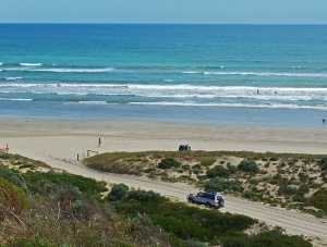 Four wheel drive entry to Goolwa Beach